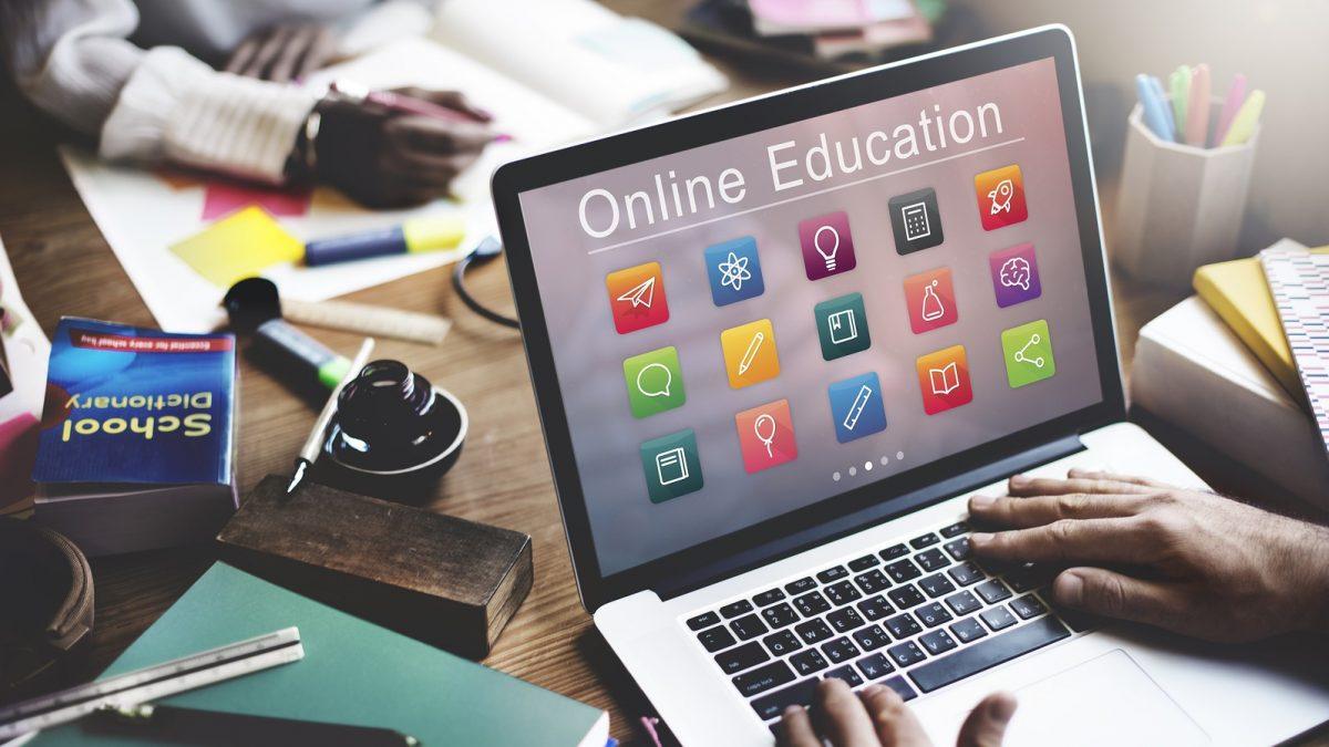 หลักสูตรการศึกษาออนไลน์ – วิธีง่ายๆในการเพิ่มพูนทักษะของคุณ
